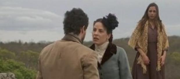 Paquito salva Mariana da Maria Cristina.