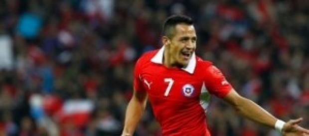 Alexis celebrando un gol (soychile.cl)