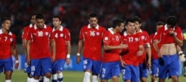 España se enfrenta a Chile y sólo le vale ganar.
