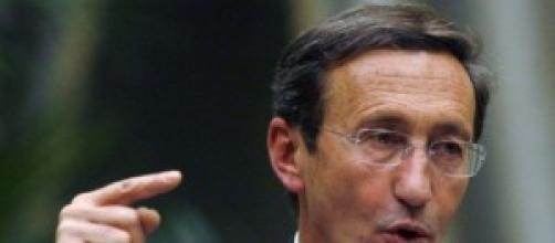Gianfranco Fini torna in politica.