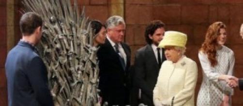 La reina Isabel II en el rodaje de Juego de Tronos