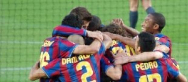 F.C. Barcelona celebrando un gol.