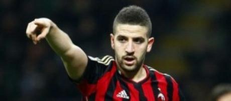 Adel Taarabt con la maglia del Milan