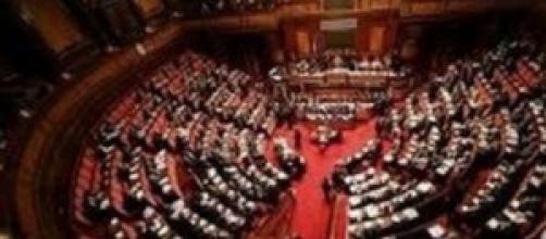 Governo Renzi, sì al Senato al decreto Irpef
