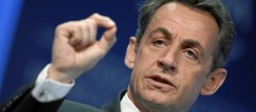 Sarkozy in custodia cautelare per corruzione