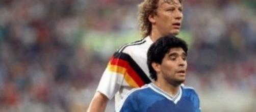 Alemanha e Argentina na final de 1990