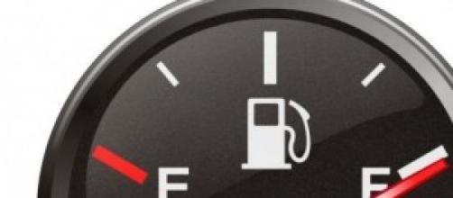 I prezzi della benzina finalmente scendono.