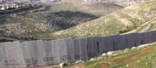 The Israeli West-Bank barrier near Ramallah