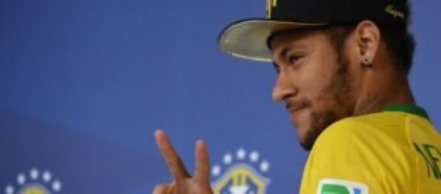 Neymar volta para acompanhar a seleção.