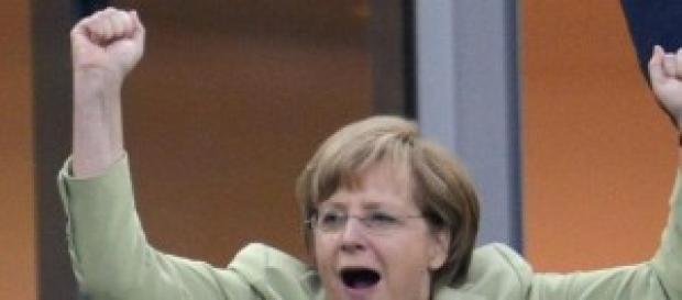 Chanceler Merkel celebrando a vitória