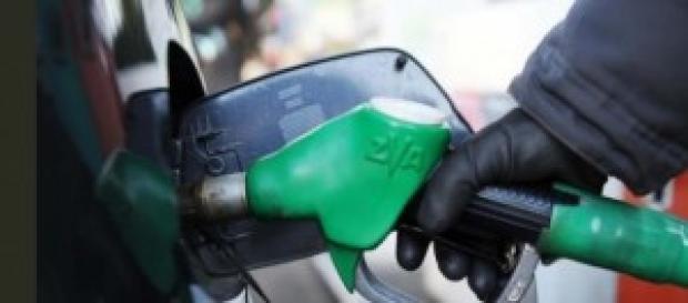 Commissioni su pagamenti elettronici benzina.