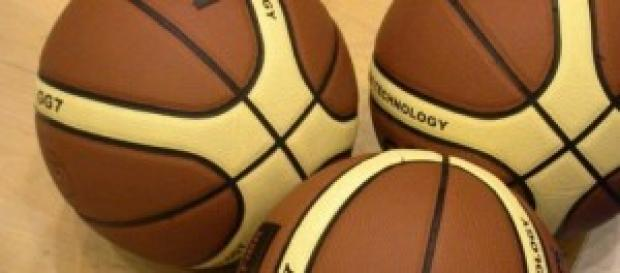 Balones del mundial de baloncesto en españa.