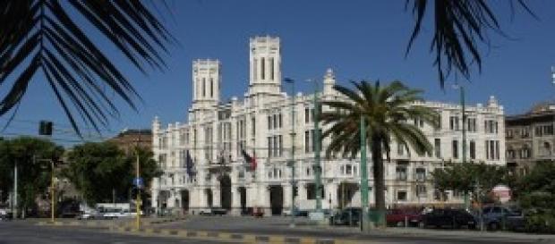 Cagliari, veduta di Via Roma, zona porto
