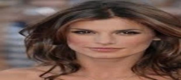 Elisabetta Canalis topless rigoglioso