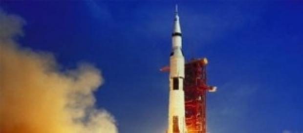 Saturno V despegando en la misión Apollo XI