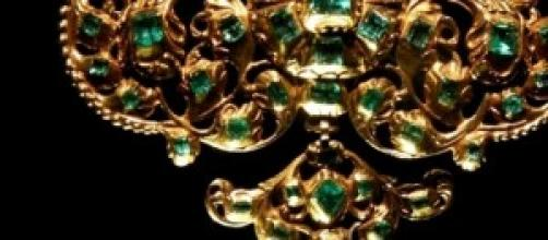 Fine Jewellery Courtesy of New Bond Street