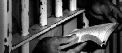 svuota carceri, amnistia e indulto 2014
