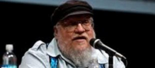 El autor de Canción de Hielo y Fuego.