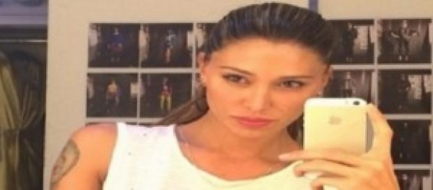 Belen Rodriguez criticata su Facebook