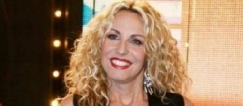Antonella Clerici è in vacanza in Toscana