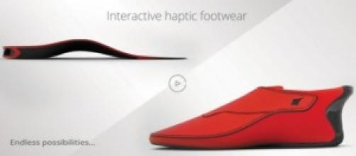 scarpa Lechal e suola intelligenti