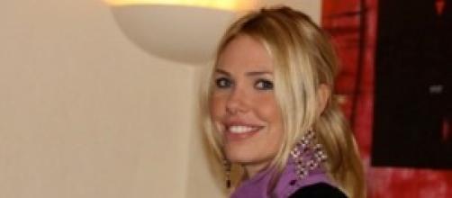 Ilary Blasi conduttrice di Le Iene