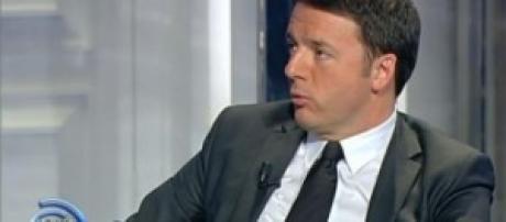 Governo, Matteo Renzi e il servizio civile: