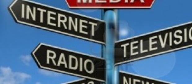 multiplication des médias dans le monde contemporain