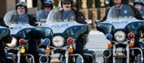 Ucciso ragazzo di colore da un agente di polizia