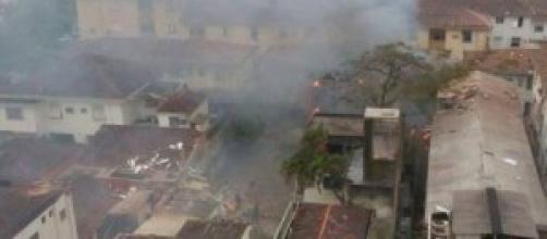 Foto acidente de avião em Santos