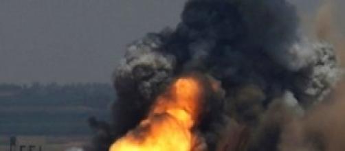 Raid israeliani sulla striscia di Gaza