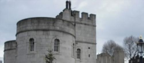 Torre de Londres, ao lado do Rio Tâmisa