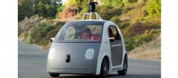 Mașina Google complet autonomă