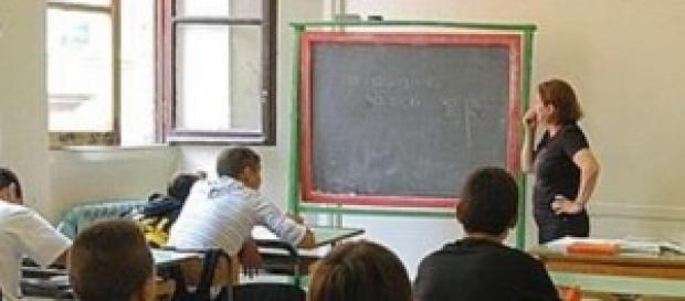 Scuola, formazione docenti, sondaggi