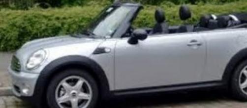Mini One Cabrio, auto di punta dell'estate 2014