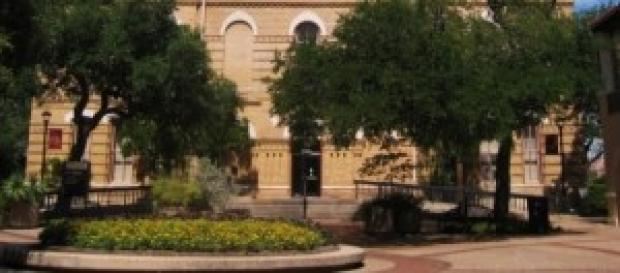 Texas State University (Wikipedia)