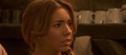 Emilia è disperata per il rapimento di Maria