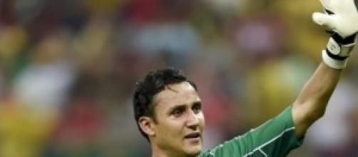 El nuevo portero del Madrid con su selección