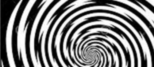 Sugestión por medio de la hipnosis