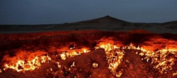 Il cratere artificiale brucia da più di 40 anni
