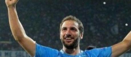 Calcio Napoli-PSG: orario presentazione Azzurri