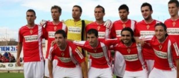 Plantilla del Real Murcia antes de un partido