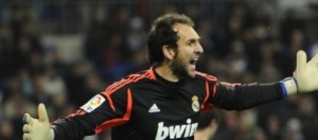 Diego López en un partido con el Real Madrid