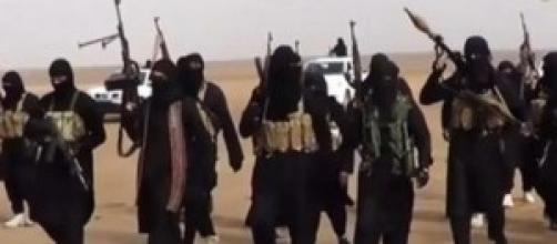 Guerriglieri Isis in perlustrazione