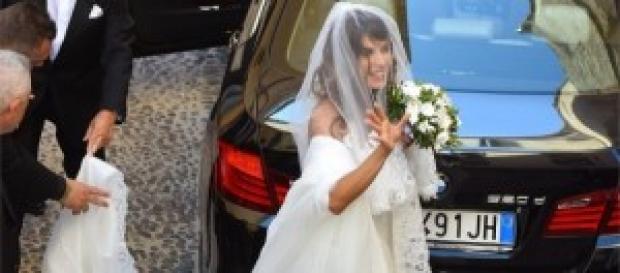 Elisabetta Canalis bellissima nel suo abito.