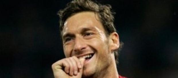 Francesco Totti giudice di un talent show.