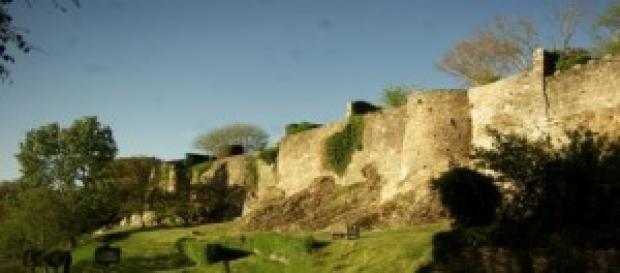 remparts de Vouvant, enceintes de ancien Château