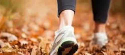 camminare riduce e previene 40 patologie croniche