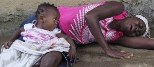 Ebola uccide per le strade