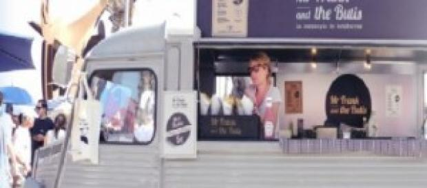 "Los ""food trucks"" causan furor en la Mercè 2014"